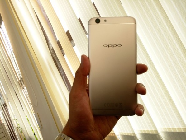 Oppo F1s vs Gionee S6s: Which selfie expert should you buy at Rs. 18,000?