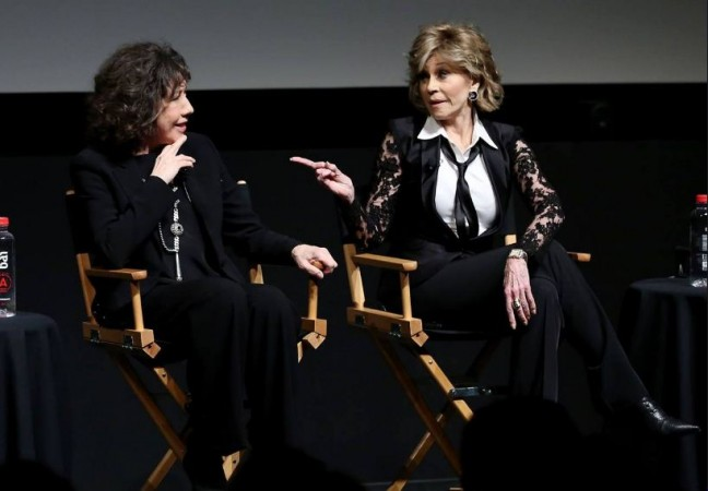 Lily Tomlin and Jane Fonda play the titular Grace and Frankie