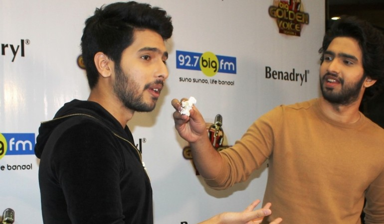 "Armaan Malik and Amaal Mallik on ""Baar Baar Dekho"" song ""Sau Aasmaan."" Pictured: Armaan Malik (on the Left) and Amaal Mallik (on the right) at the event after being announced as the judges of ""BIG Golden Voice 4"""