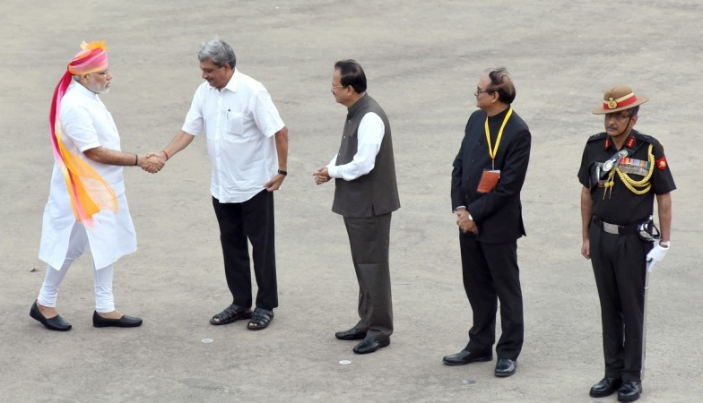 Prime Minister Narendra Modi is received by Union Minister for Defence Manohar Parrikar and Minister of State for Defence Subhash Ramrao Bhamre, on his arrival at Red Fort, on the occasion of 70th Independence Day, in Delhi on August 15, 2016. Defence Sec