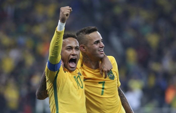 Gabriel Jesus, Neymar team up as Brazil beats Ecuador 3-0