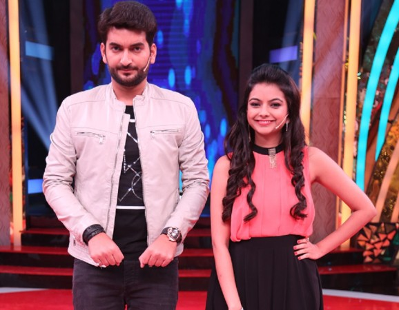 """&TV's new show """"Happy Hours."""" Pictured: """"Happy Hours"""" hosts Abhimanyu Kak and Monica Murthy"""
