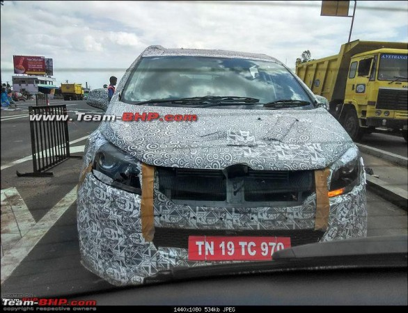 Mahindra's new mysterious MPV spotted yet again