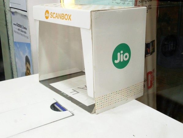 Lack of e-KYC facility is a setback for RIL's target of 100 million users for Jio