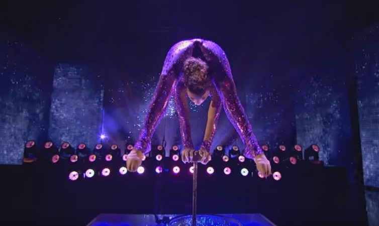 """Contortionist and hand balancer Sofie Dossi performs on """"America's Got Talent"""""""