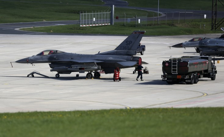ISIS 'shoot down plane over Syria'
