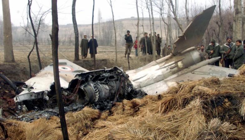 MiG 21 crash lands