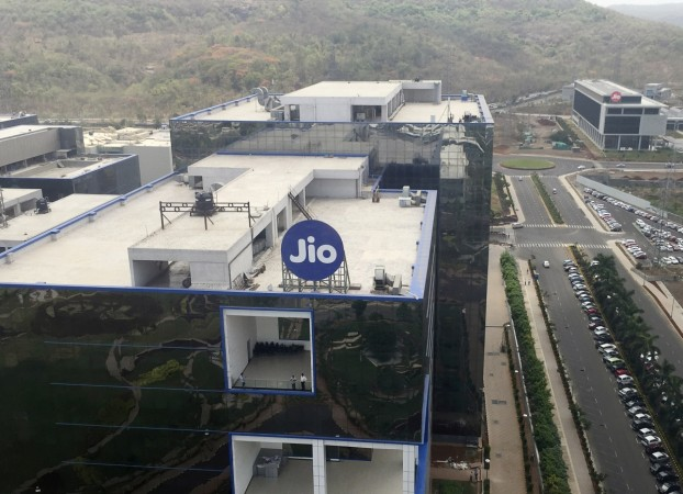 Who is to be blamed for call drops on Jio's network