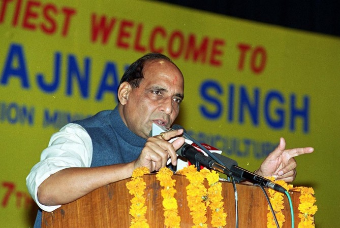 Will seal India-Pakistan border by Dec 2018: Rajnath Singh