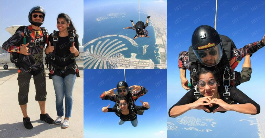 Meera Nandan performing skydiving