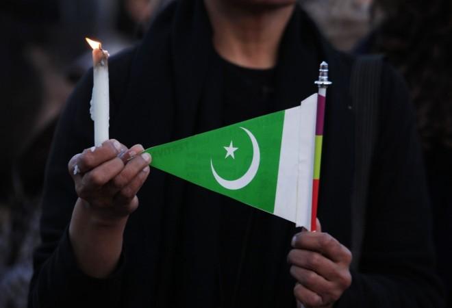 Jaish-e-Muhammad chief Masood Azhar has asked Pakistan goverment to permmit jihadist groups to plan terrorist attacks in India