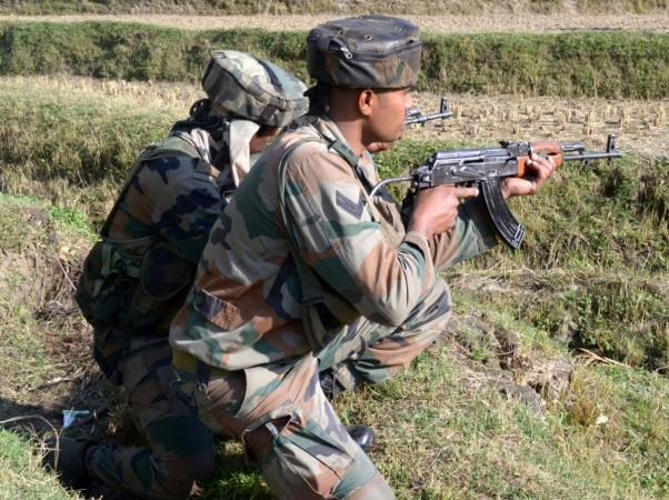 Terrorists Attack SSB Team in Zakura in Kashmir, 4 Injured