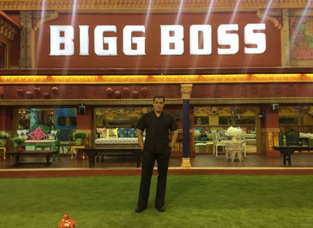 Salman Khan RETURNS as host for Bigg Boss 11