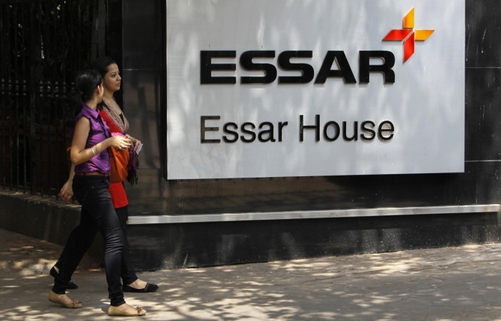essar icici bank axis bank standard chartered bank loans debt deal essar oil steel rosneft 12.9 billion oil petrol refinery ok