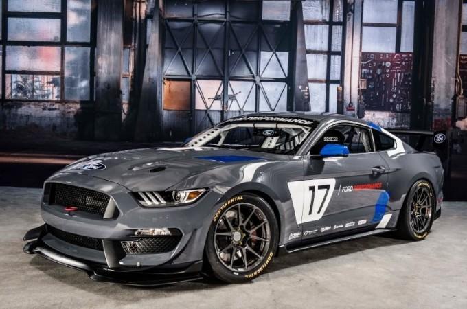 Ford Mustang GT4 racecar