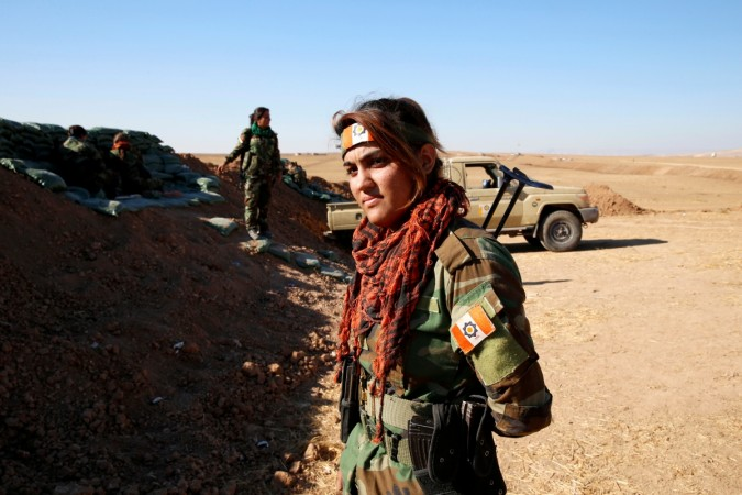Kurdish women fighter