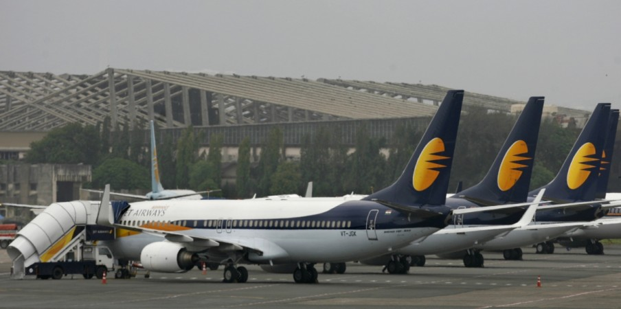 jet airways civil aviation domestic air traffic data dgca q2 results share price rcs rcf udan spicejet interglobe aviation indigo india fund full service airasia india