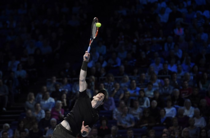 Murray wears down Wawrinka — ATP Finals