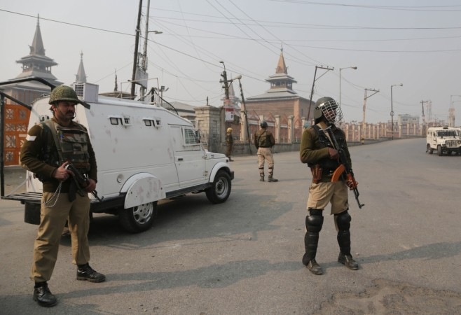 JK: Encounter continues between security forces, militants in Anantnag