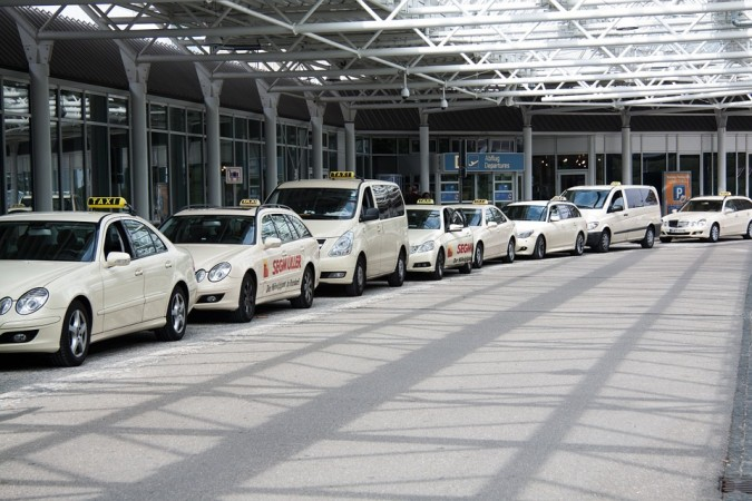 Airport taxi parking