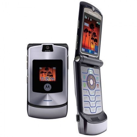 The legendary Motorola Razr series might return with a foldable display