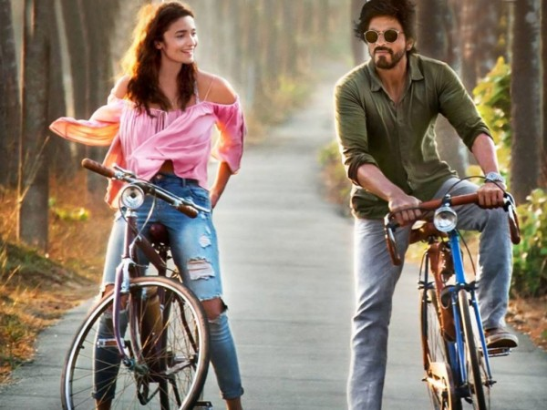 American filmmaker Paul Feig showers praises on SRK-Alia's Dear Zindagi!