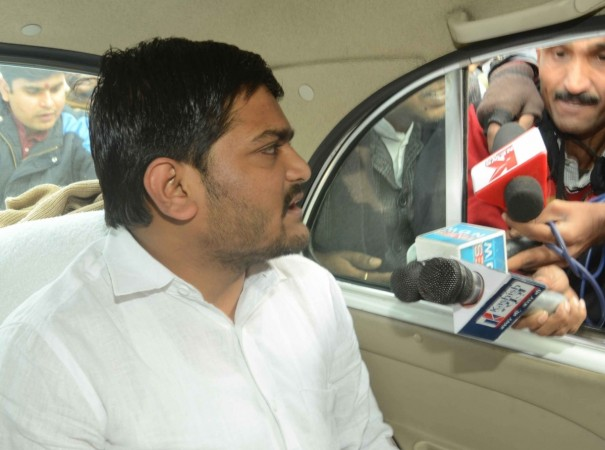 Hardik Patel says Jaipur police blocked meet with Arvind Kejriwal