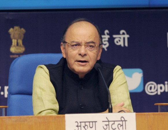 Jaitley slaps another defamation suit after Jethmalani calls him 'crook