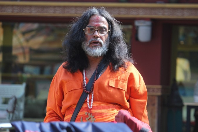 Watch what led to Om Swami's exit from the show!