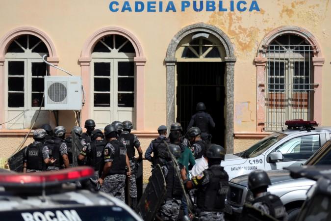 'Drug gang kills 33 prisoners in Brazilian jail'