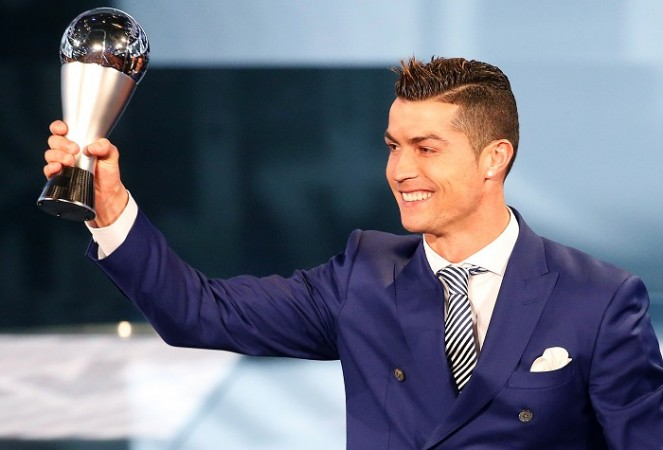 Cristiano Ronaldo, FIFA Award, The Best Men's Player, Lionel Messi, Real Madrid, Portugal
