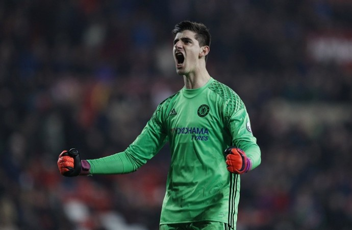 Thibaut Courtois 'planning Real Madrid move'
