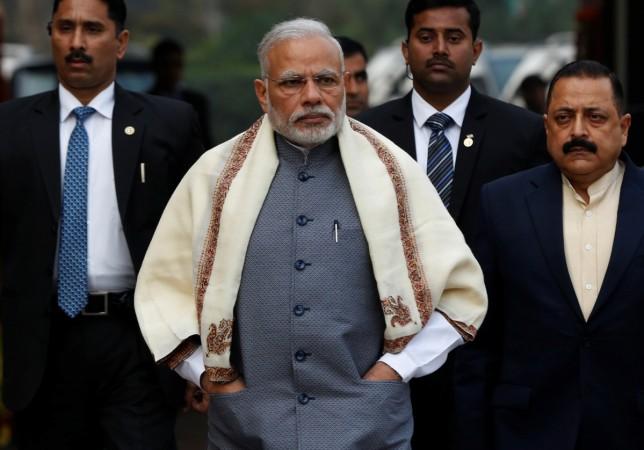 Congress attacks Modi on 'SCAM' remark