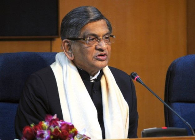 Congress doesn't want interference in 'hereditary leadership': SM Krishna