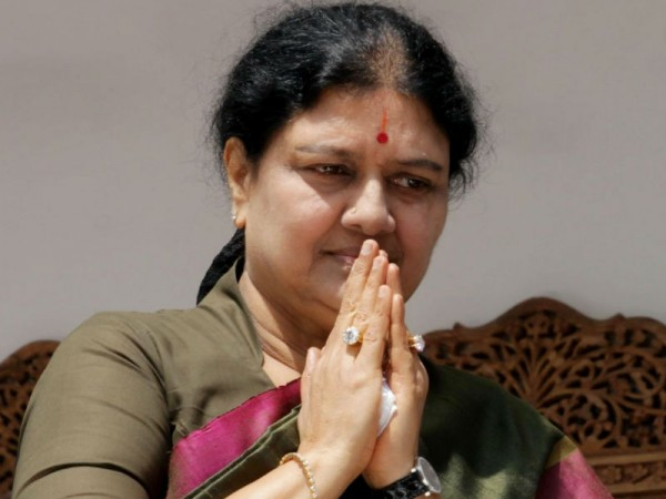 Sasikala, kin blamed for IT raids in Poes Garden