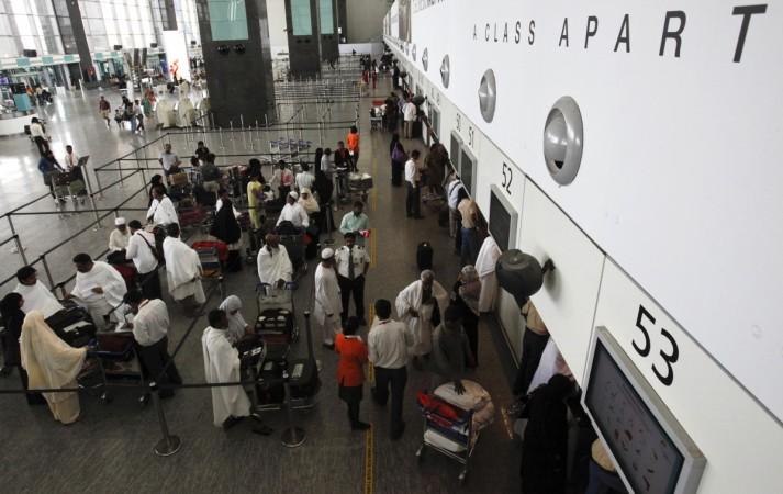 Airhostess, pilot brawl, slap each other at Jaipur Airport