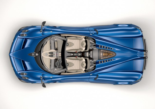 Pagani Huayra Roadster Arrives With 754 HP