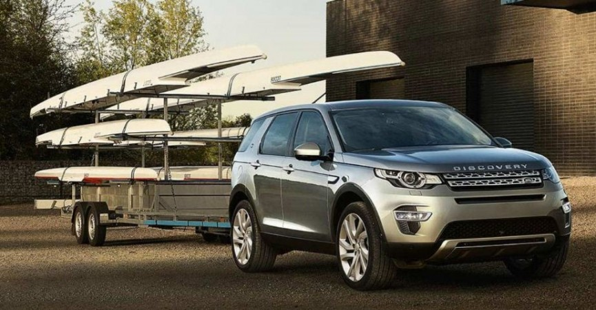 land rover discovery sport petrol price slashed by rs 7 lakh move follows jeep wrangler 39 s. Black Bedroom Furniture Sets. Home Design Ideas