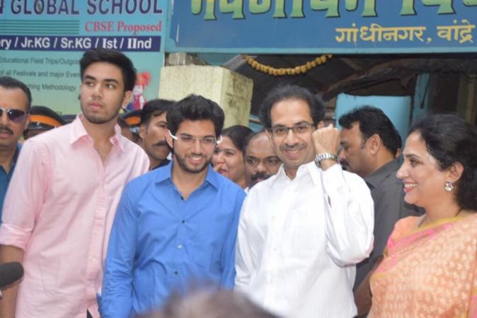 Sena, BJP finish neck and neck in Mumbai polls