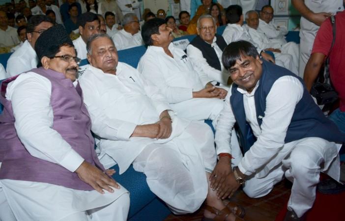 gayatri prajapati, samajwadi party, uttar pradesh assembly election