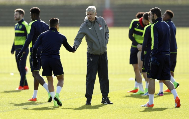 Alexis Sanchez future? Wenger denies Arsenal bust-up…