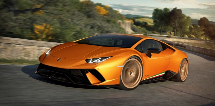 geneva motor show 2017 lamborghini huracan performante unveiled with nurburgring lap time of 6. Black Bedroom Furniture Sets. Home Design Ideas