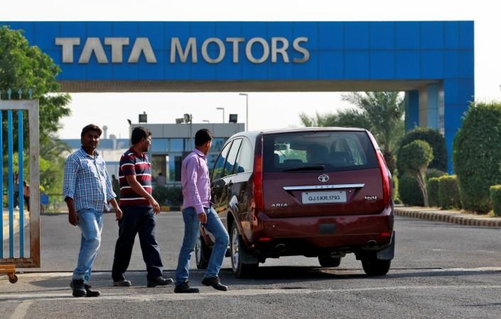 Tata Motors Leads Sensex Rally Spicejet Kec Reliance