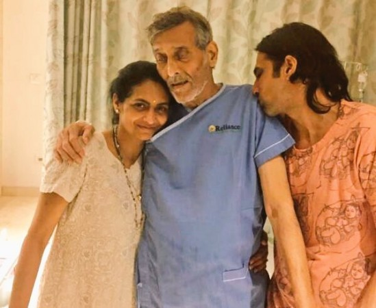 Vinod Khanna leaked photo (Spotted in Hospital)