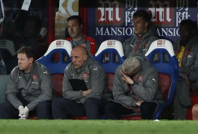 Arsene Wenger, Steve Bould, Arsenal, fans, EPL