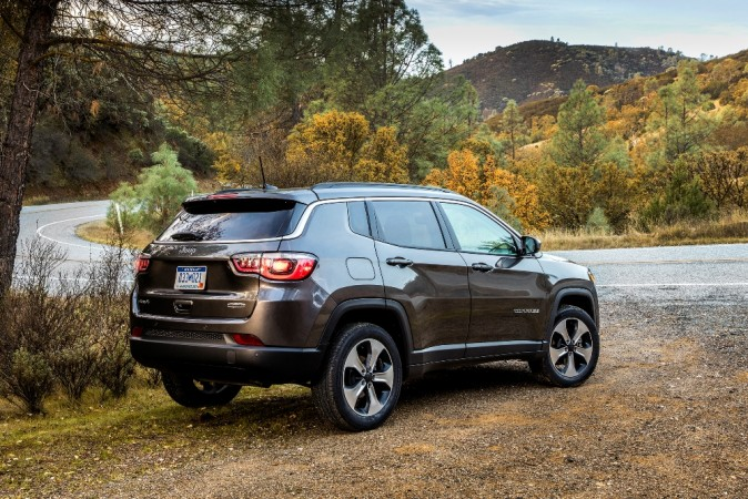 jeep compass diesel automatic to be launched in early 2018 trailhawk version likely to follow. Black Bedroom Furniture Sets. Home Design Ideas