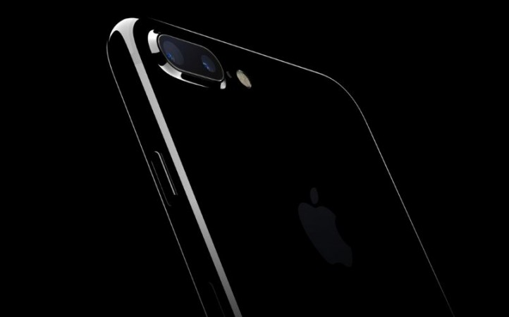 IPhone 8 may get rear 3D laser for better augmented reality
