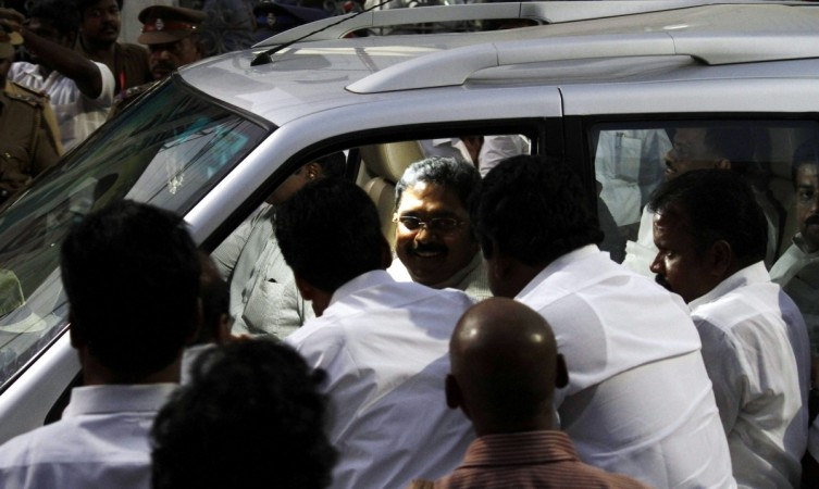 3 factions battle for AIADMK throne