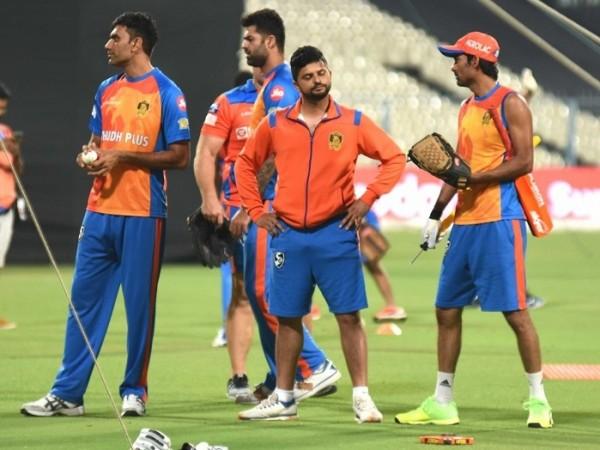 Munaf Patel, Suresh Raina, Gujarat Lions, IPL 2017