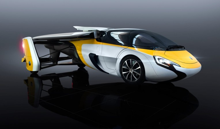 AeroMobil, first flying car, flying car launch, flying car price, flying car bookings